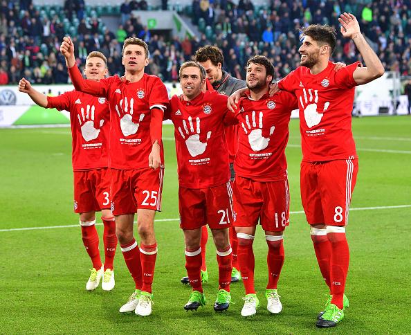 Javi conquista en Wolfsburgo su quinta Bundesliga consecutiva (29-04-17)
