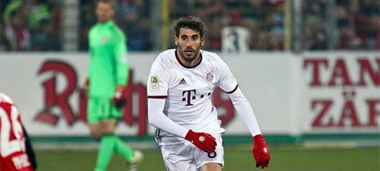 Remontada y tres puntos para el líder en el regreso a la Bundesliga (1-2)