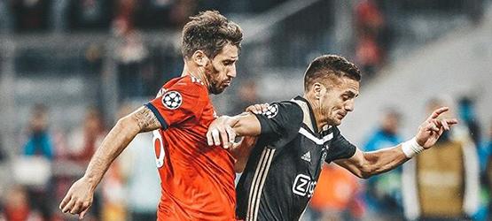 Bayern y Ajax firman tablas en el Allianz Arena (1-1)