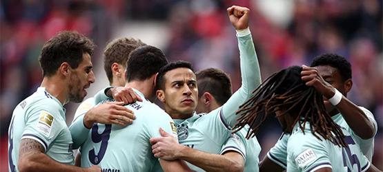 Bayern feiert den dritten Sieg in Folge (1-2)