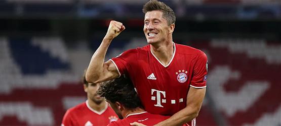Starke Bayern ziehen mit Champions-League-Rekordsieg in die nächste Runde (4:1)