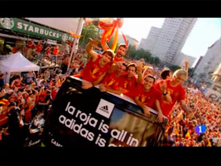 Spanish Team Parade in Madrid after winning Euro 2012 title (03-07-12) TVE