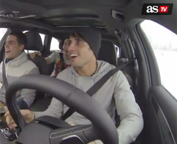 Javi Martinez enjoy snow driving (28-01-14) AS TV