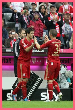 Javi Martínez debuta en la goleada al Stuttgart el día de su cumpleaños